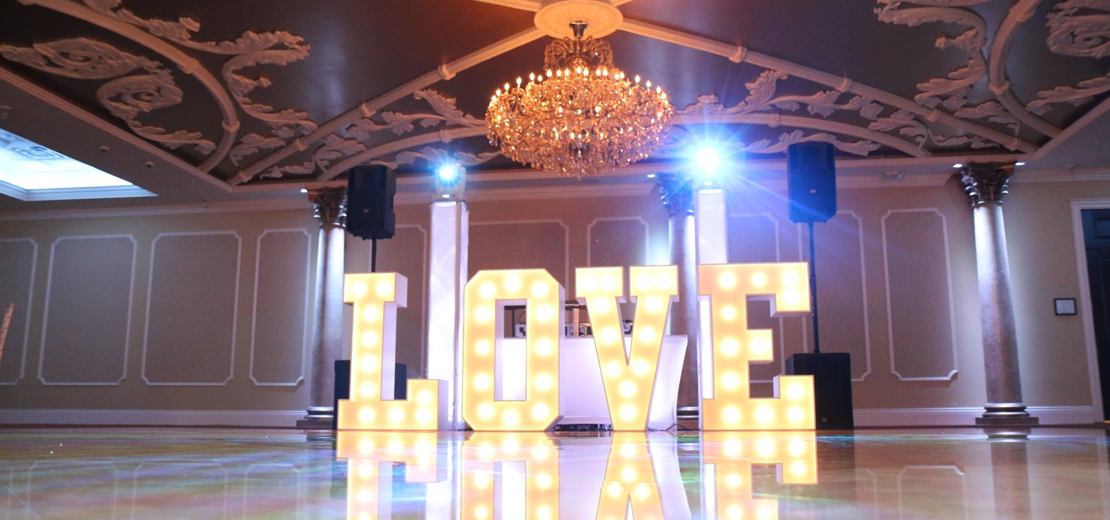 Philly Marquee, Waterfall Delaware, Delaware Weddings, Intelligent Lighting